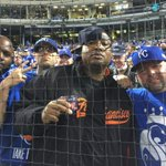 And look whos right behind home plate representing the Yay AREA? @E40 #SFGiants Mane http://t.co/iOKMgeWGC7