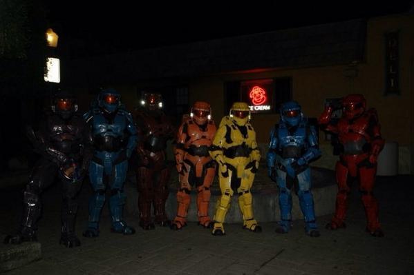 @imsarahtrujillo Here's the whole cast.  Screw Halo- we were Red vs Blue! http://t.co/E6y1uiYun1