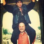 RT @MosesSapir: @iamsrk @AnupamPkher SRK & AP poster from Chahat !! What a great Baap Beta Jodi in so mny films