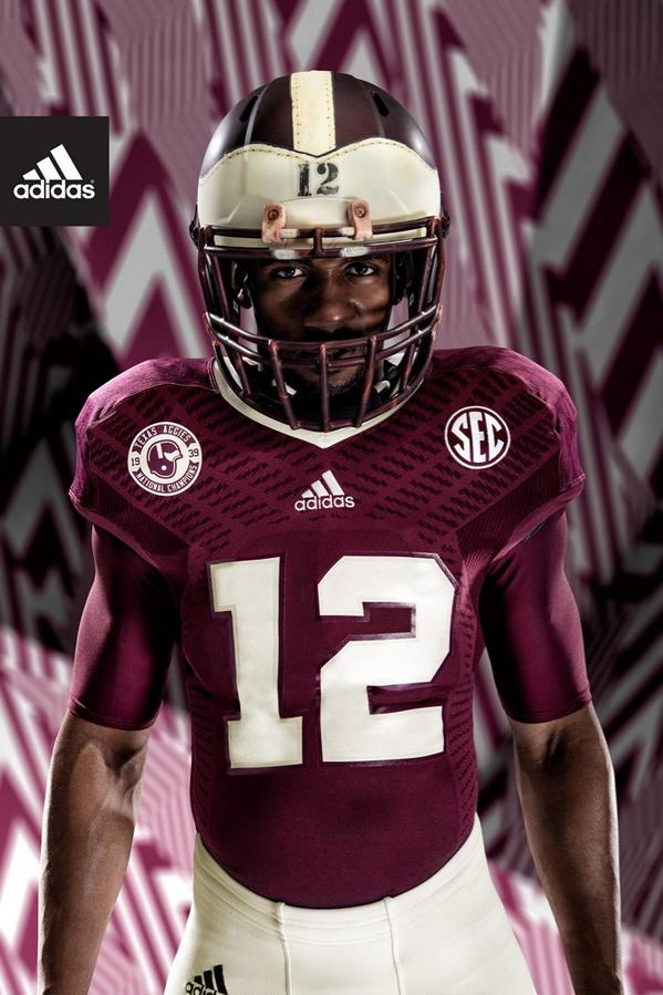 Championship style meets innovative speed. Introducing our 1939 Throwback TECHFIT uniforms. #12thMan #teamadidas http://t.co/LcrDfMxJyM
