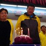 세상에서 가장 슬픈 생일상. 세월호 실종자 황지현양의 18번째 생일상이 진도 팽목항에 차려졌습니다. http://t.co/UlrUOEXeum http://t.co/cTSMbrPLS2