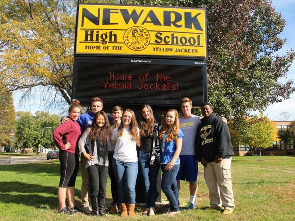 Newark High students say actions of a few don't represent school #NewarkDE http://t.co/q6ywKzoYgm http://t.co/C7Q7GpAPWG