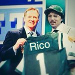 BREAKING NEWS: NY Jets announce new starting QB... http://t.co/pPYdqwKtLM