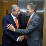 Consolida Tamaulipas alianza con la Universidad de Texas http://t.co/DV16qoe1zF http://t.co/bodKhOLtxm