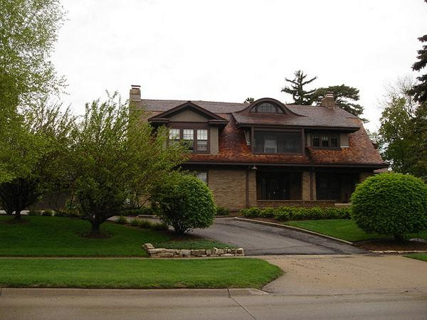 Did you know...Warren Buffett still lives in his Omaha, NE #home he bought back in 1958 for $31,500? #realestate http://t.co/8hqAE4WURw