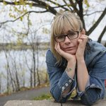 """RT @TorStarEditor: #JianGhomeshi Lucy DeCoutere, """"Lucy on Trailer Park Boys"""", says she was choked and beaten. http://t.co/43ZXtnTnai"""
