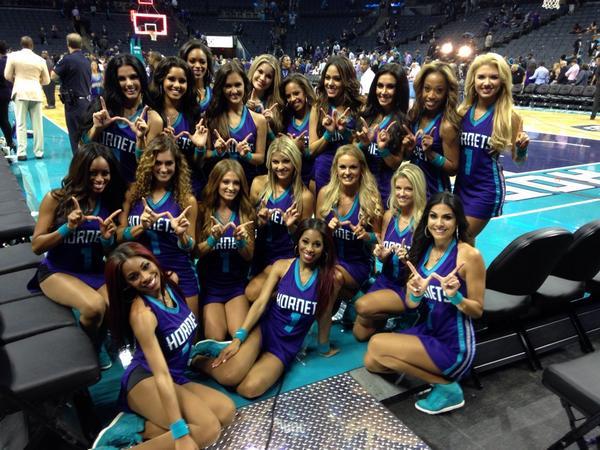 Hornets got that OVERTIME WIN baby!!! http://t.co/ejr1pMPIHV