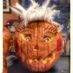 @ArbourTrails #Neighbourhood #Pumpkin Carving 2day; meet Show Girl #LoveTheLashes #MyPumpkinRocks @guelphonography http://t.co/yvcBLUnRoM