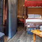 Hotel de Londres cria quartos de Harry Potter com baús e poções http://t.co/b6AtK31GMu #G1 http://t.co/5wY9qBkKjM