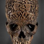 RT @DrLindseyFitz: A 300-year-old carved Tibetan skull. Ill be talking about this ancient practice on @TitchmarshShow today at 3 pm. http://t.co/1qknscPims
