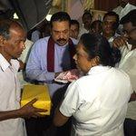RT @PresRajapaksa: The President, in Koslanda, speaks with people displaced by the landslide and relief workers. #KoslandaLandslide http://t.co/kqRY0ue4hU