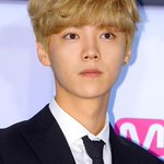 RT @EXOcastle: [INFO] Luhan will be attending <Back to 20> Movie press conference on November, 2nd. http://t.co/8u3P98nD3M