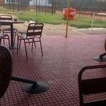 Es triste ver cómo unos vándalos destruyen los espacios de esparcimiento de los estudiantes. Digamos: NO MÁS!! http://t.co/aLvgaCpJpz