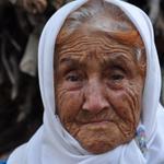 """Bu sözün ağırlığı Türkiyeyi aşar: """"Oğlum yüzme de bilmezdi, suyun içinde ne yaptı"""" http://t.co/Jf74niYO02 #Ermenek http://t.co/tnB2cixV0N"""