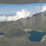 """""""@webcamsdemexico: ¡Espectacular! Nevado de #Toluca desde el aire. Vía @reyes_more: http://t.co/DUSWkuZIst""""te acuerdas? @Ramses_Alejo"""