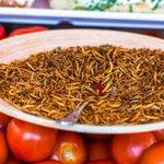 Insecten zijn geen groente, zegt @PartijvdDieren na nieuws dat #jumbo insecten gaat verkopen http://t.co/TzyzntLzL8 http://t.co/03hLDijxoU