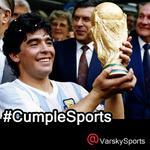 #CumpleSports Diego Maradona. En cada parte del mundo, hay alguien que sabe lo que hizo él con una pelota en los pies http://t.co/IdrDXU7pZP