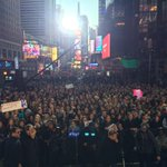"""""""@GMA: This folks, is what you call a crowd! @taylorswift13 fans have packed Times Square for #TaylorOnGMA! http://t.co/V6vfcwvcNi"""" hey!!!"""