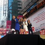 WOW! All we can say here at @GMA! Thank you for an amazing morning, @taylorswift13! #TaylorOnGMA http://t.co/QiL5SDeLDu