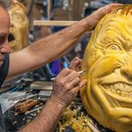 Pumpkin Carving Is Supposed To Be Scary, But These Are ACTUALLY Scary. OMG ---> http://t.co/ViQK7d2PfR http://t.co/JfztK530oE