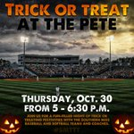 .@somissbaseball Coach Scott Berry is about to go on with @Rock104FM to talk about Trick or Treat at The Pete! http://t.co/SAdyrGbNxe
