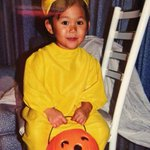 In her Pikachu costume is @golfstar123 (Lauren Diaz-Yi). Check back at 1 p.m. for our next #tbthalloween golfer. http://t.co/XDF6EjPBSx