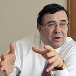 Новый директор Total будет подчиняться санкциям против России, несмотря на несогласие с ними http://t.co/zoGpVvngrV http://t.co/bdxTbbo9sJ
