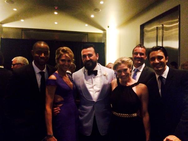 Reunited at @amfar #amfARInspiration last night! #stunners @trutriciahelfer @kateesackhoff @JayREllis @GillesMarini http://t.co/vfEzixC5P4