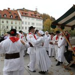 #Autumn in #Ljubljana is the ideal time to enjoy good #food and Slovenian wines. Find out how: http://t.co/ebRsJ77sDF http://t.co/ajYJieJdDo