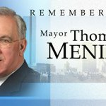 #Repost Moment Of Silence! Remembering Bostons Beloved Mayor Tom Menino 1942-2014 #RIP From @B87FM #Boston http://t.co/fQRtYITCCl