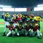 トラッキー! 来年も日本シリーズであおうね!#sbhawks http://t.co/LUqXGK3rHO