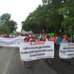 Manifestación exige mejores condiciones de la vía Cárdenas-Villahermosa http://t.co/8EjljHSULs #Villahermosa #Tabasco http://t.co/Yuymj8fEcD