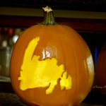 Perfect pumpkin! Carved by Nancy Hawkins. What a treat! Thanks Nancy. #Halloween http://t.co/HXwbQLOOR5