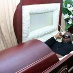When they play #BullionVan at your funeral #ChairmanAlbum cc @mi_abaga http://t.co/K0261e9N1t