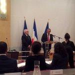 Remise de la 1ère médaille de Citoyen dhonneur de la Métropole de #montpellier au Pr. Lamarque par @saurel2014 http://t.co/zNZrBKm6OK