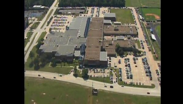 #UPDATE Lock down (suspcious person in area) at Cy-Creek High School lifted after police searched campus- 12:12pm http://t.co/dGoPxIqFnA