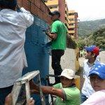 Con nuestros trabajadores seguimos recuperando fachadas de las vías principales de la ciudad! #EnElCampito http://t.co/1GPrRkjCT6
