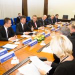 #V4 Meeting in #Bratislava #SKV4PRES http://t.co/ifMycysxUI
