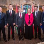 #V4 + #Austria ForMin @sebastiankurz & #EU #HRVP Designate @FedericaMog in #Bratislava #SKV4PRES http://t.co/cY0RPpkzbT