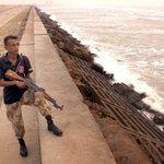 RT @mhashimazam: Ready to shoot #Nilofar at Clifton beach #Karachi http://t.co/LkjFhWAaYB #Nilofar Ka Encounter Specialist :-D