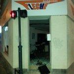 Des dégâts à #Rennes après la manif pour #RemiFraisse. 4 manifestants ont été intrrpellés http://t.co/5zwTnlEbtz