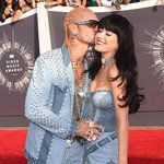 IF RIFF RAFF CAN PULL KATY PERRY BEST BELIEVE I CAN PULL YO BITCH http://t.co/TFQkHRdz2d