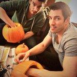 Its #BrovsBro #Halloween Edition! Who carves the best pumpkin? @MrSilverScott or me?! Pics on my Facebook tomorrow! http://t.co/XEkD8GCeoC