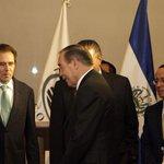 Presidente @sanchezceren durante la reunión con empresarios mexicanos, en el marco de su visita oficial. http://t.co/pPNL7KwB3I