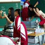 """Seger""""@swaragamafm: Deng Yuanyuan, guru biologi asal Tiongkok ini bikin heboh socmed karena kecantikannya. #PopNews http://t.co/WHzqUEiA7l"""""""