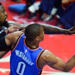 Thunder PG Russell Westbrook will not return to game vs Clippers with right hand injury. MORE: http://t.co/J0EqFxO7lJ http://t.co/FvniVptZZ4