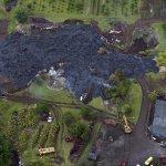 スライドショー:ハワイ島で溶岩の拡大続く http://t.co/iKTvw2JXUb http://t.co/RlGboUIsf4