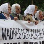 Madres de Plaza de Mayo se unen a los reclamos por caso Ayotzinapa http://t.co/C0PtZ0SflT http://t.co/NSmKgx11tJ La Jornada