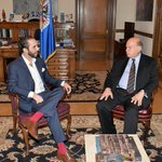 @nayibbukele se reúne con el Secretario General de la OEA: http://t.co/syfImUVvkz http://t.co/ZVXcaiyFhs