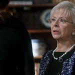 So wonderful to have the talented and amazing Carol Locatell guest star! ???????????? #Scandal http://t.co/hRJ5QsLWZo